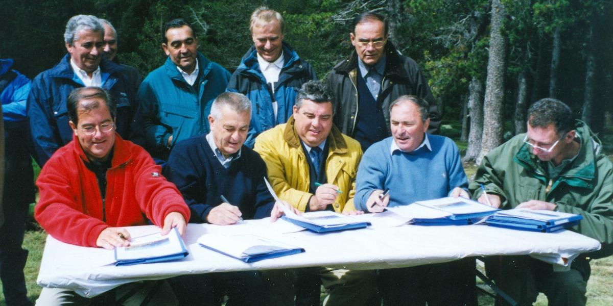 La signature de la première convention OGS au refuge des Cortalets / SMCGS