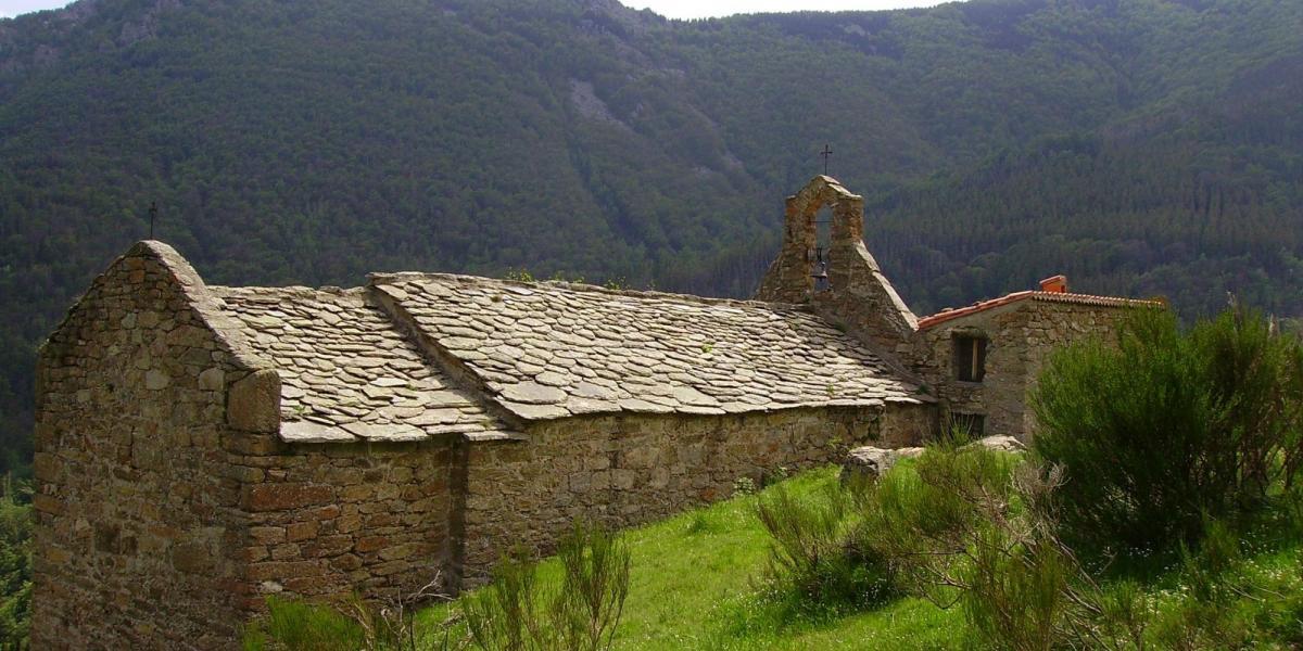 Chapelle de l'ermitage Sant Guillem de Combret / Wikimedia Commons