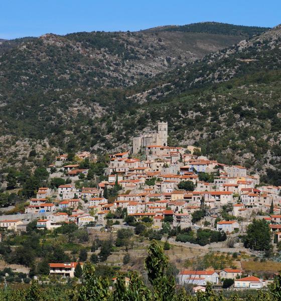 Vue des balcons de la Tet, village d'Eus / Michel CASTILLO-CD66